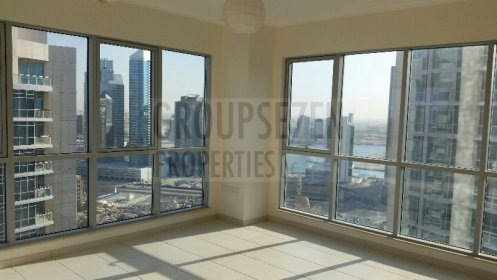 Very Light 1 BR Apt in The Residences Downtown
