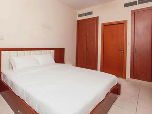Clean Lovely 1 Bed Apartment for Rent in Greens