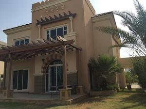 5 Beds Villa for Sale in Dubai Sports City