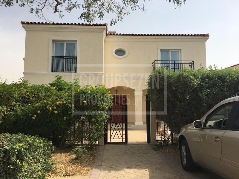 amazing-corner-5-br-villa-with-maids-room-in-green-community-for-rent